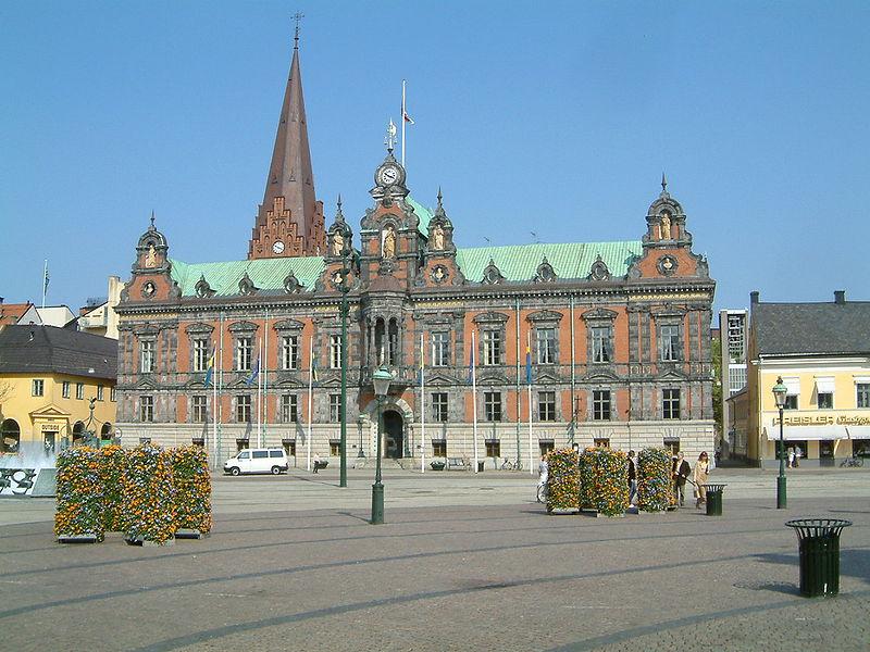 800px-Malmo-city_hall.jpg