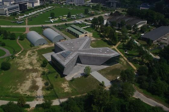 muzeum_lotnictwa_polskiego_w_krakowie_nowy_gmach_page.jpg