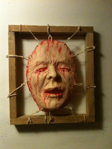 creepy-halloween-decorations.jpg