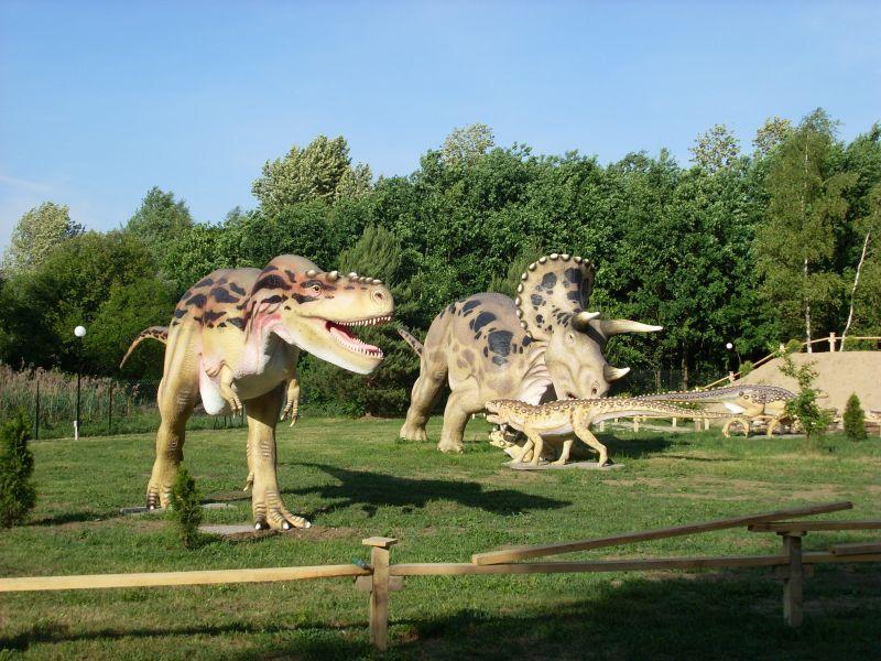 park_dinozaurow_jurowce_p1.jpg