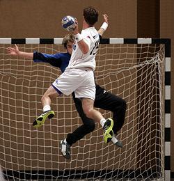 250px-Handball_07.jpg