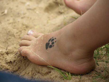 Ile Może Kosztować Taki Malutki Tatuaż Jak Na Tym Zdjęciu