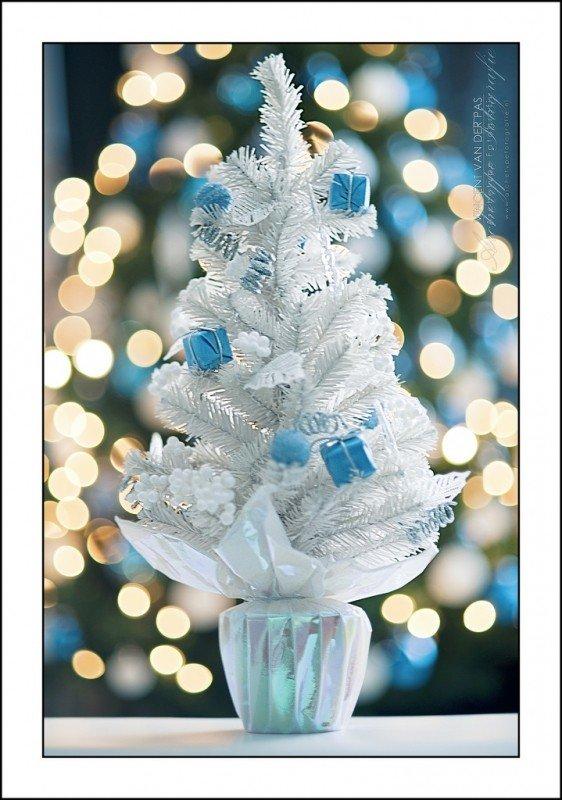 white-christmas-tree.jpg