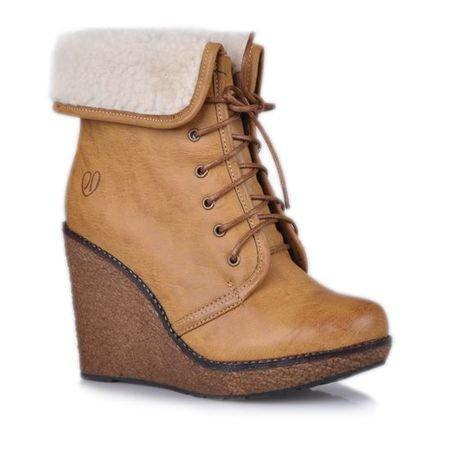Czy 12 latce wypada nosić buty na koturnie ? Zapytaj.onet.pl