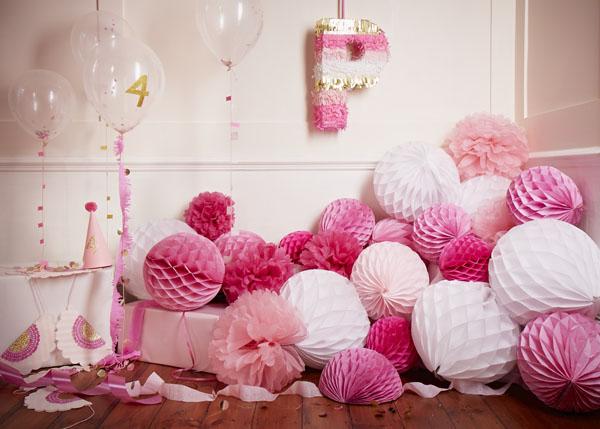 papermash-pink-party-scene.jpg