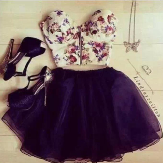 my19rp-l-c680x680-shirt-tank-skirt-high+heels-floral-dress-girly-blouse-brown-flowers-croptop-belly+shirt-tumblr+girl-floral-heels-crop+tops-flowery-crop+bralette+skater+skirt-frount+zip.jpg