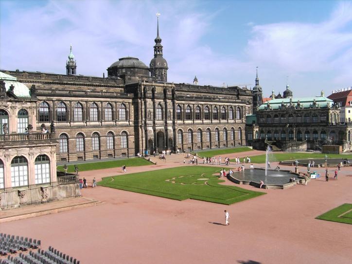Dresden_Zwinger_Courtyard_13.JPG