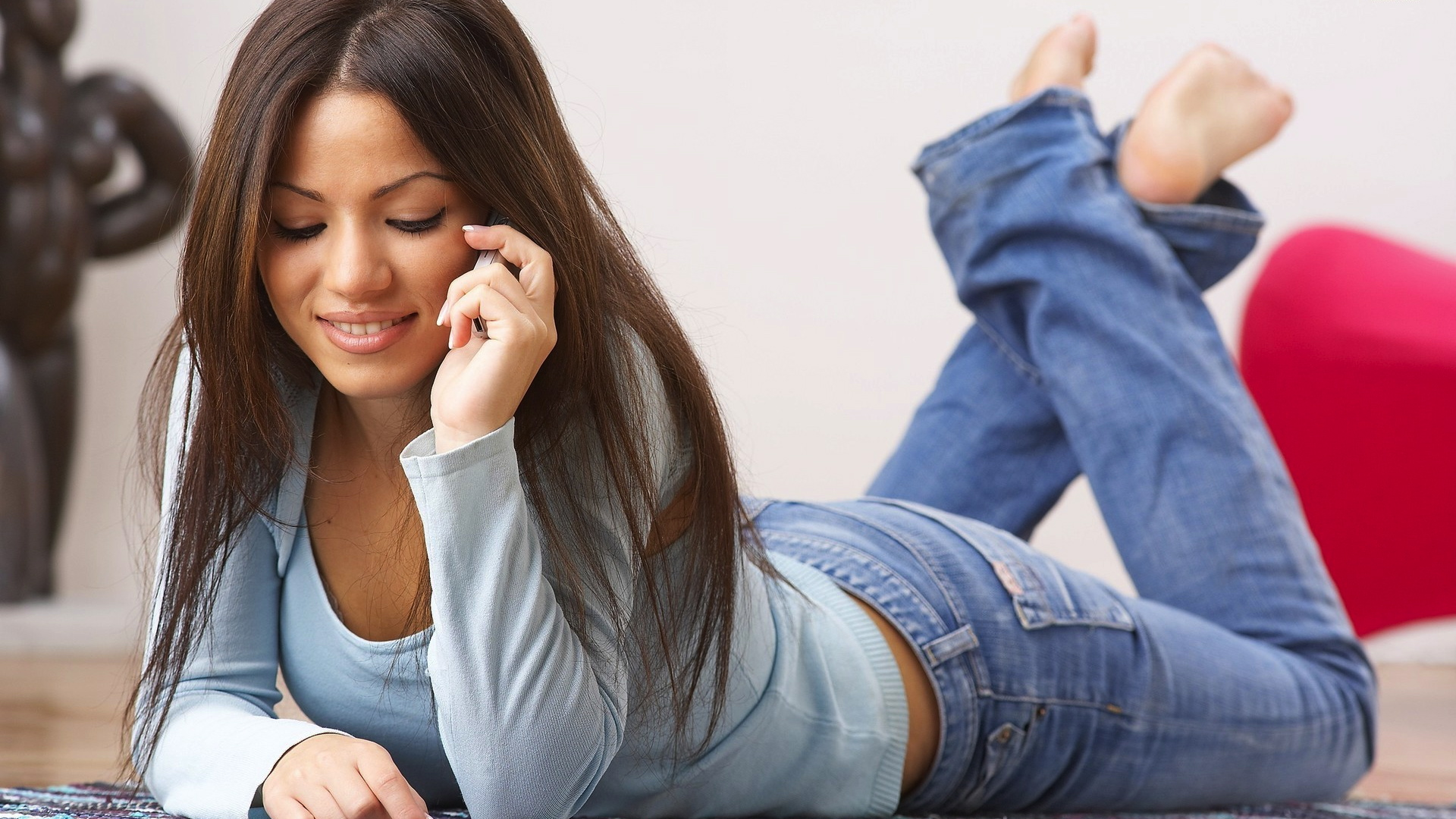 15673-girl-talking-on-the-phone-1920x1200-girl-wallpaper.jpg