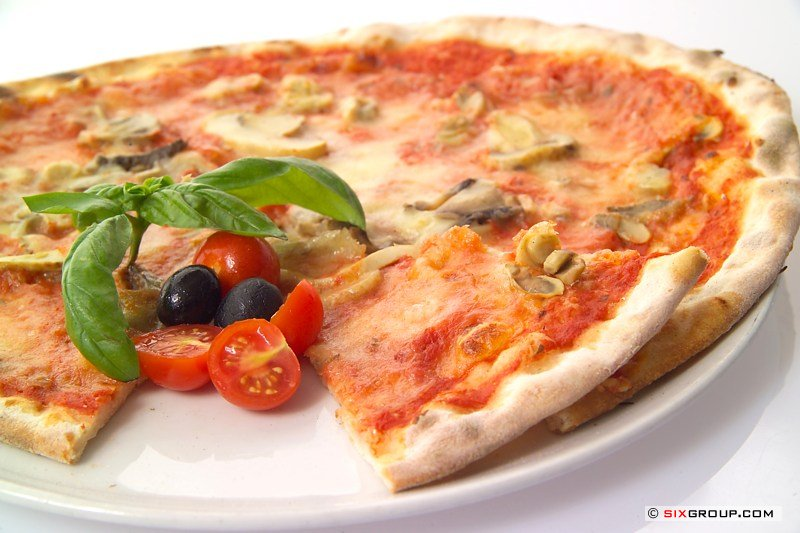 pizza_funghi.jpg