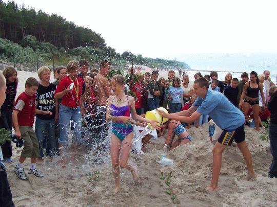 Polewanie wodą z morza