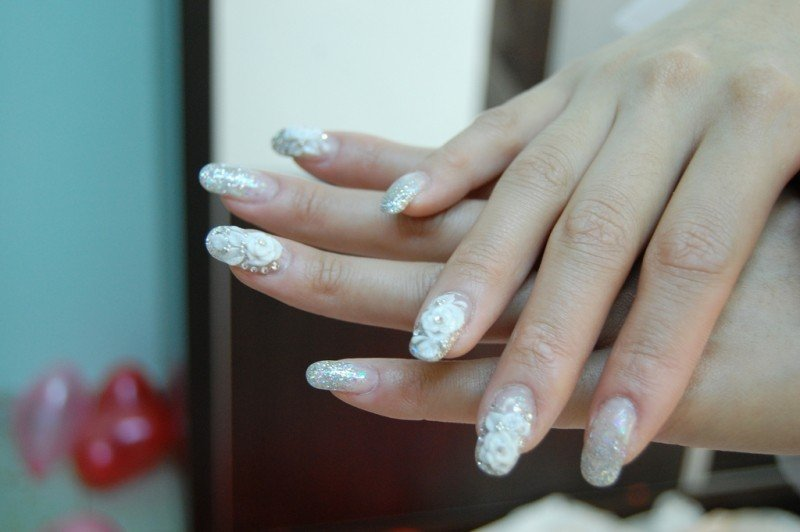 manicure-1.jpg