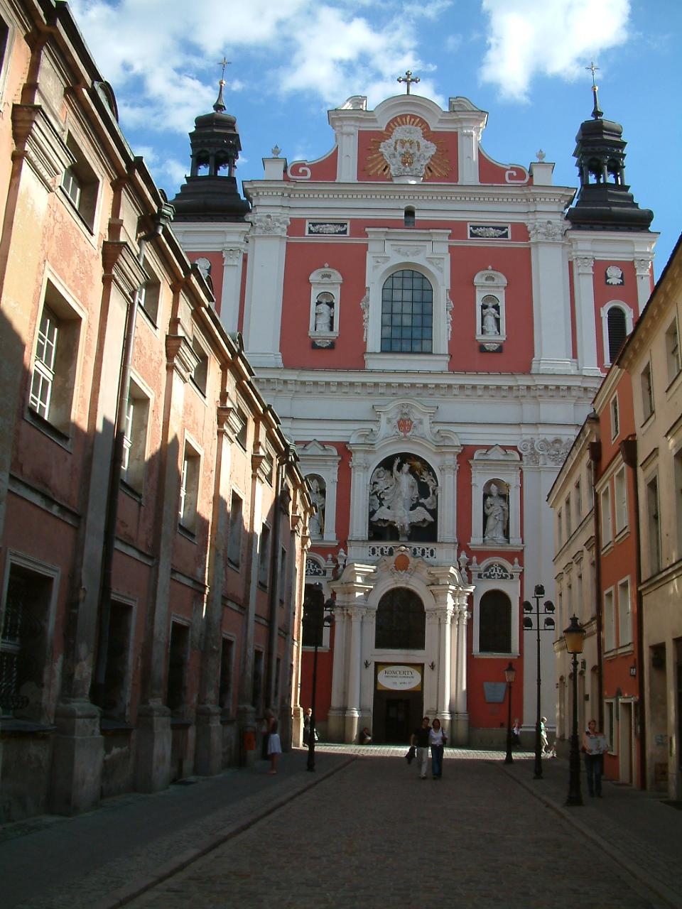 Fara_Poznan_Fasada.jpg