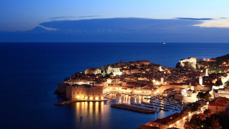 view-of-dubrovnik-old-town-at-night.jpg