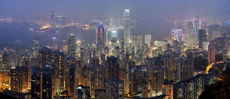 800px-Hong_Kong_Skyline_Restitch_-_Dec_2007.jpg
