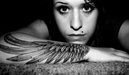 Ile Będzie Kosztował Tatuaż Skrzydło Na Przedramieniu