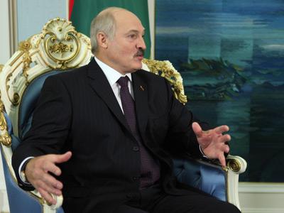 Z Białorusią (Aleksander Łukaszenka)