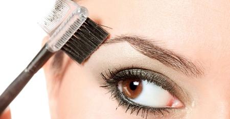 5-zamiast-10-za-regulacje-brwi-salonie-kosmetycznym-fish-spa-471478-regular.jpg