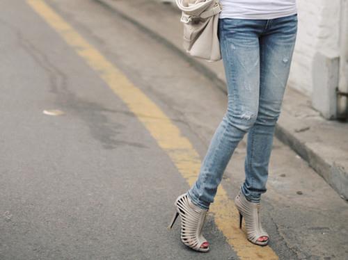 fashion-heels-jeans-shoes-Favim.com-127905.jpg