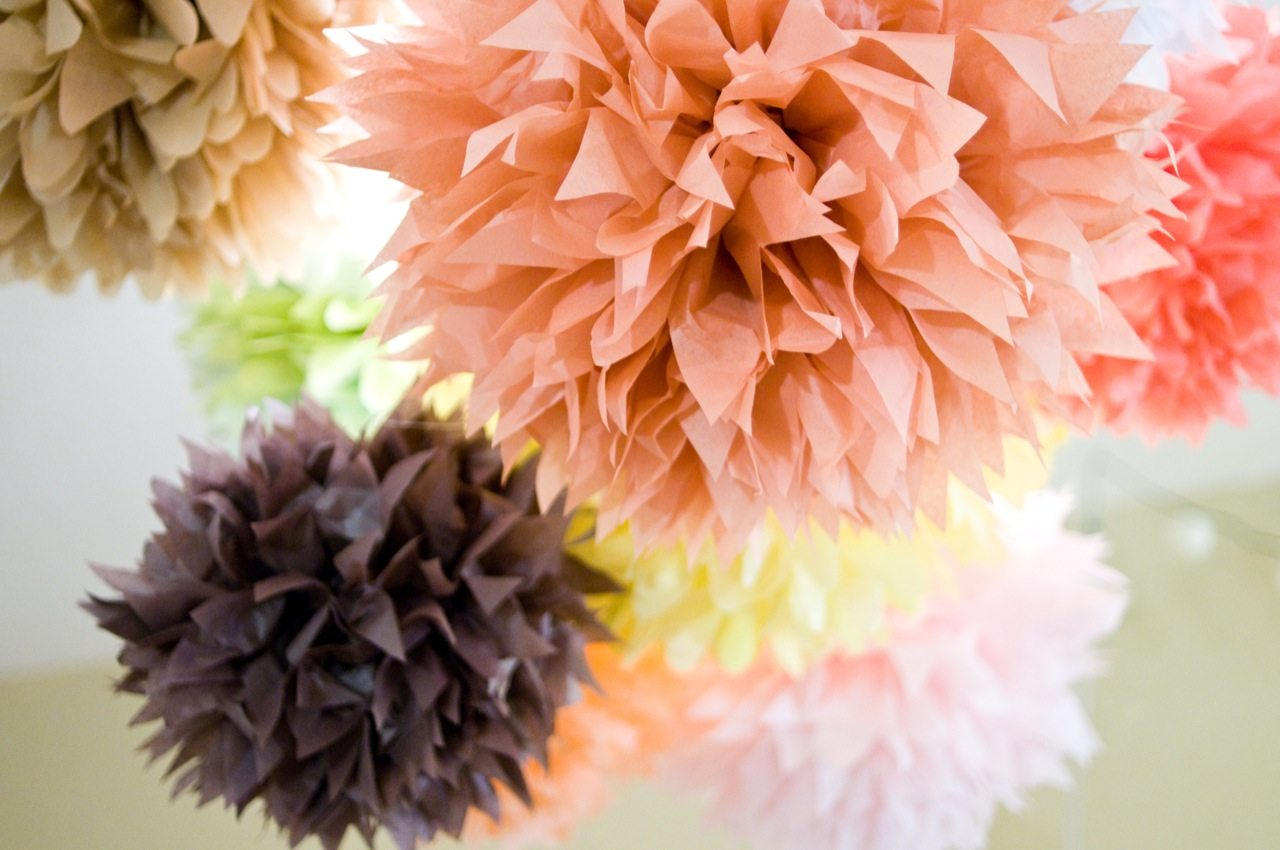 pom-love-tissue-paper-pom-poms.jpg