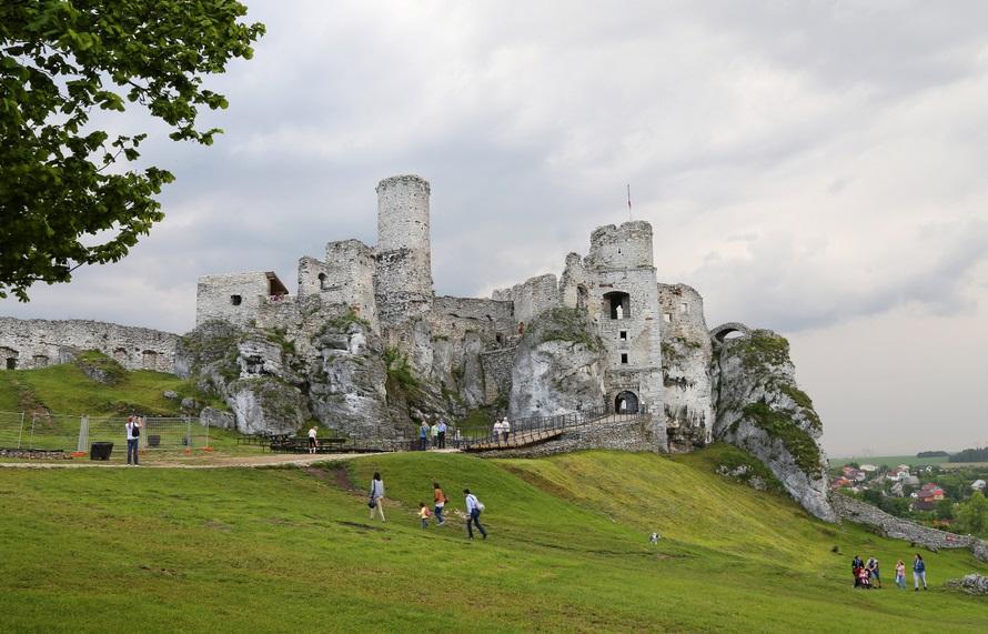 Zamek Ogrodzieniec (Podzamcze, Polska)