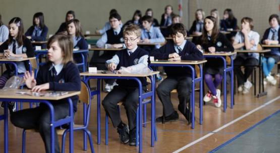 223577-We-wtorek-szostoklasisci-przystapili-do-testu-konczacego-szkola-podstawowa__c_2_58_633_346.jpg