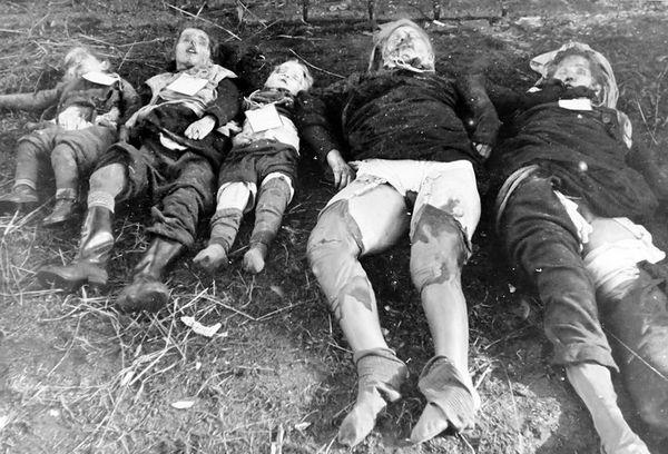 Zgwalcone-i-zamordowane-Niemki-oraz-ich-dzieci.jpg