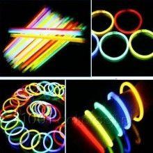 Co zrobić żeby bransoletki, które świecą w ciemności