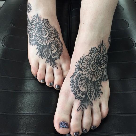 Czy Tatuaż Na Stopie Może Mi Przeszkodzić W Znalezieniu