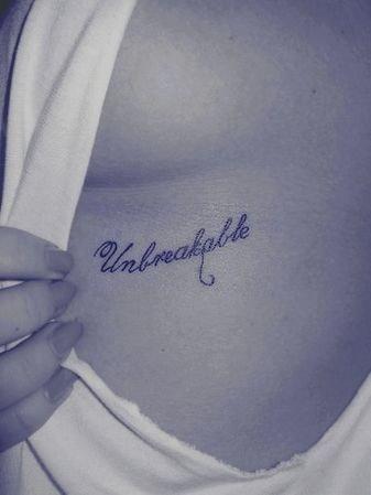 Podoba Wam Się Tatuaż Pod Piersią Zdjęcie Zapytajonet