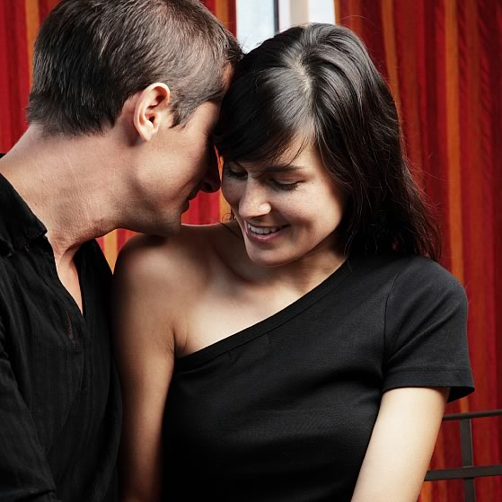 top-10-ways-to-flirt-with-a-woman-sexually_10.jpg