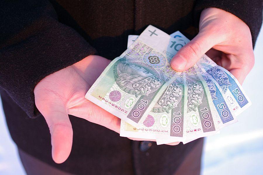 Wyplata-wynagrodzenia-nadplata-PAmCyV.jpg