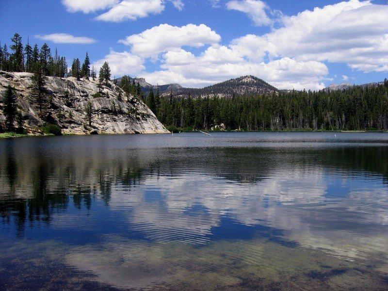 sotcher-lake-sky-sierra-nevada-mountains.jpg