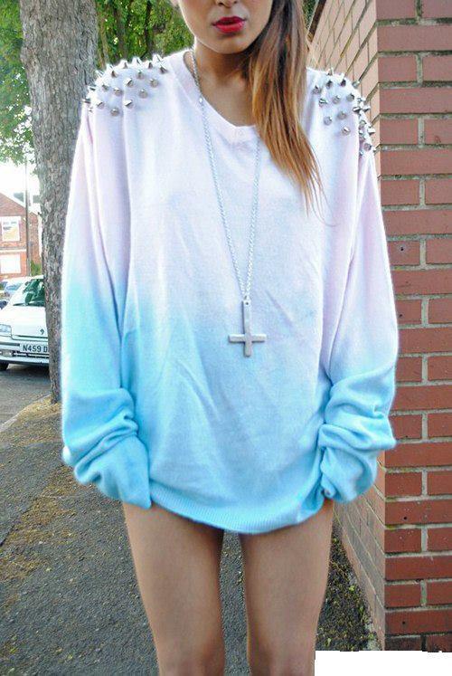 sweterek-z-cwiekami.jpg