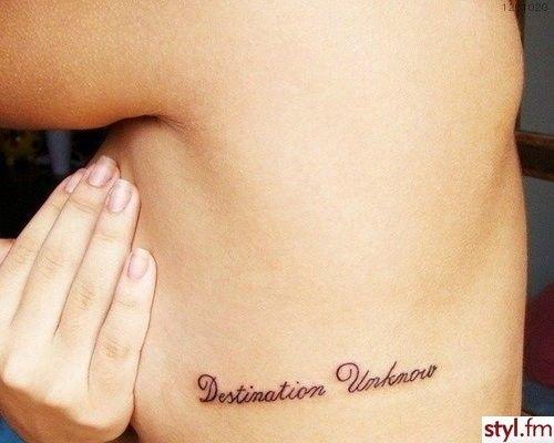 Ile Może Kosztować Tatuaż Napis Na żebrach I Czy To Boli