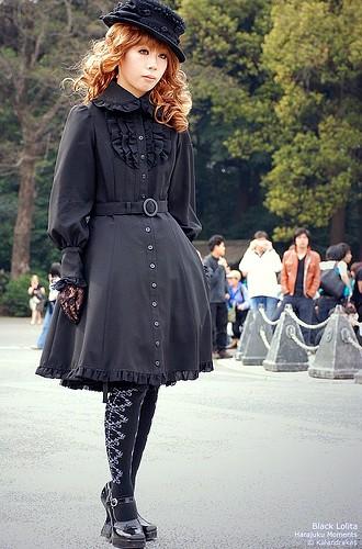 gothic_lolita_90.jpg