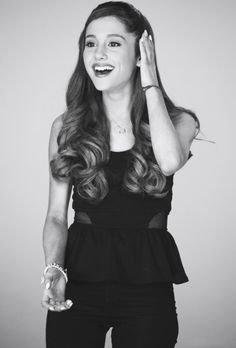 Klub fanów Ariany Grande!
