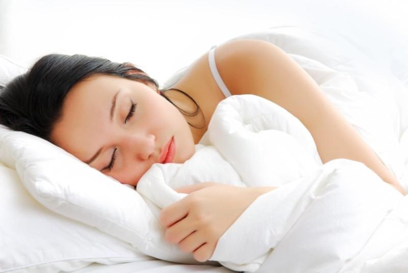 spiaca_dziewczyna_4.jpg