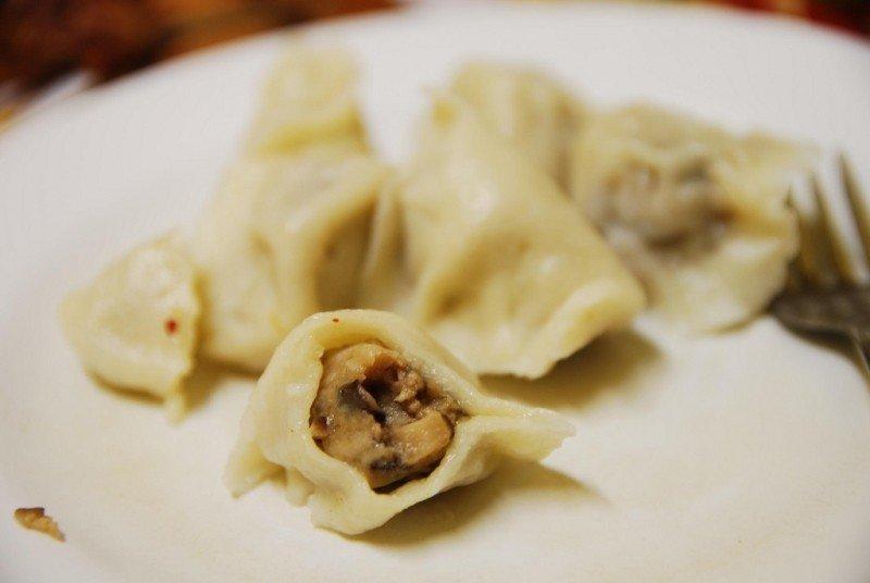 chicken-and-mushroom-dumplings-filling-ayiguli-aud8-50.jpg