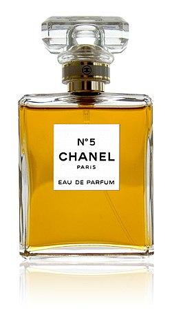 250px-CHANEL_No5_parfum.jpg