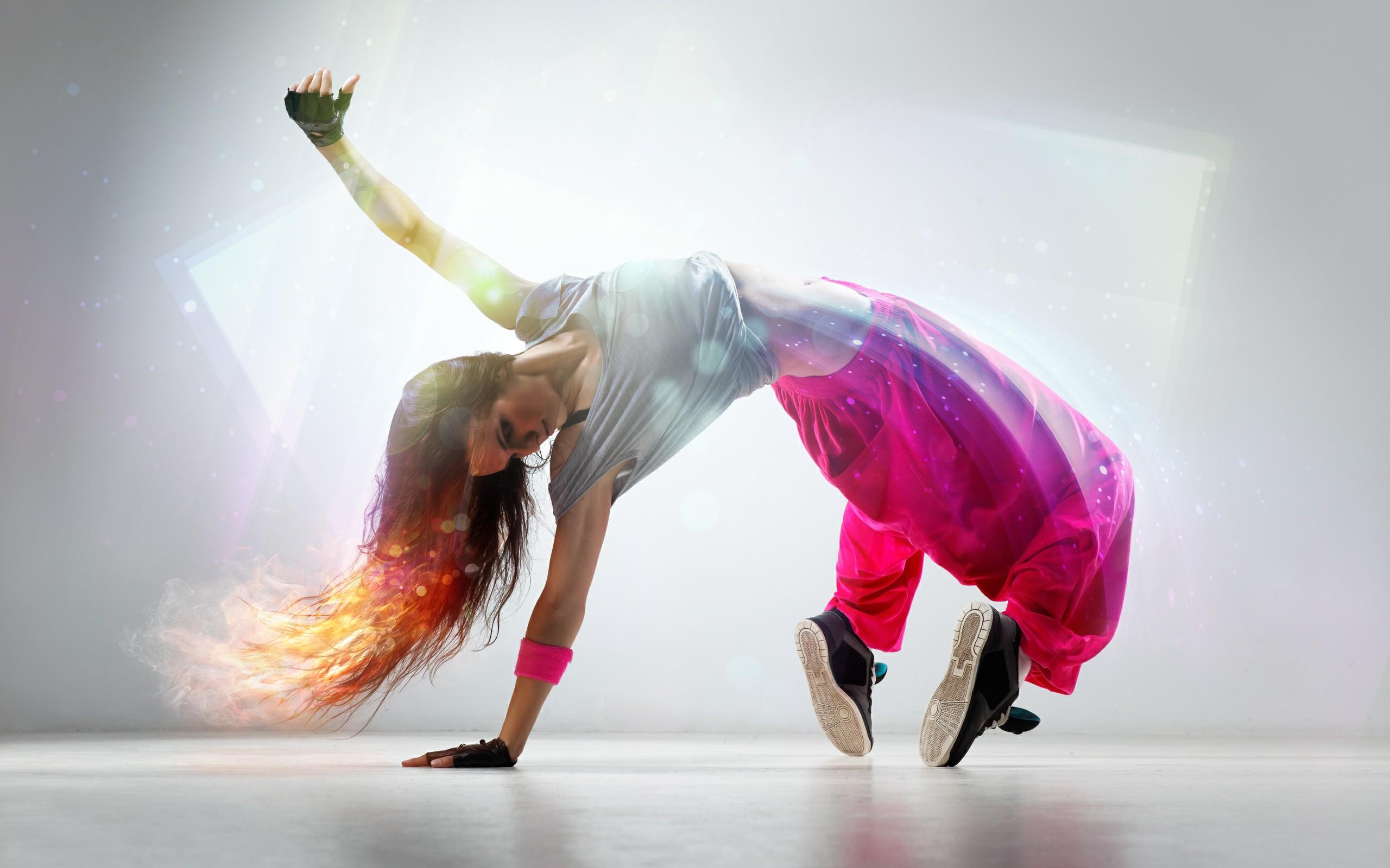 416-taniec-hip-hop-dziewczyna.jpg