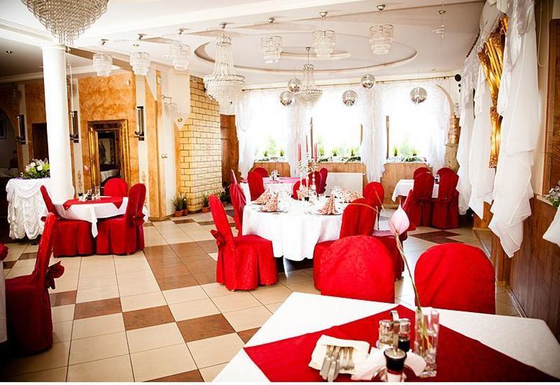 Restauracja, noclegi