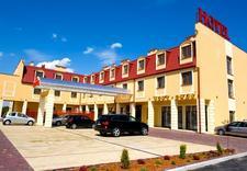 hotele - Hotel Nowy Dwór. Restaura... zdjęcie 1