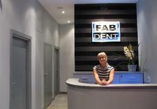 czyszczenie zębów - FABDENT Gabinet Stomatolo... zdjęcie 1