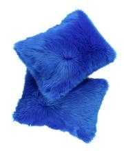 Futrzana poduszka dekoracyjna CZUPER niebieski 40x50 cm
