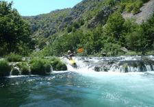Kajakarstwo górskie, sporty wodne, spływ kajakowy