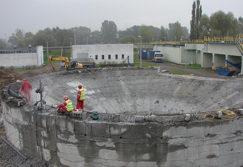 w betonie - DASAJ Technika Diamentowa... zdjęcie 1