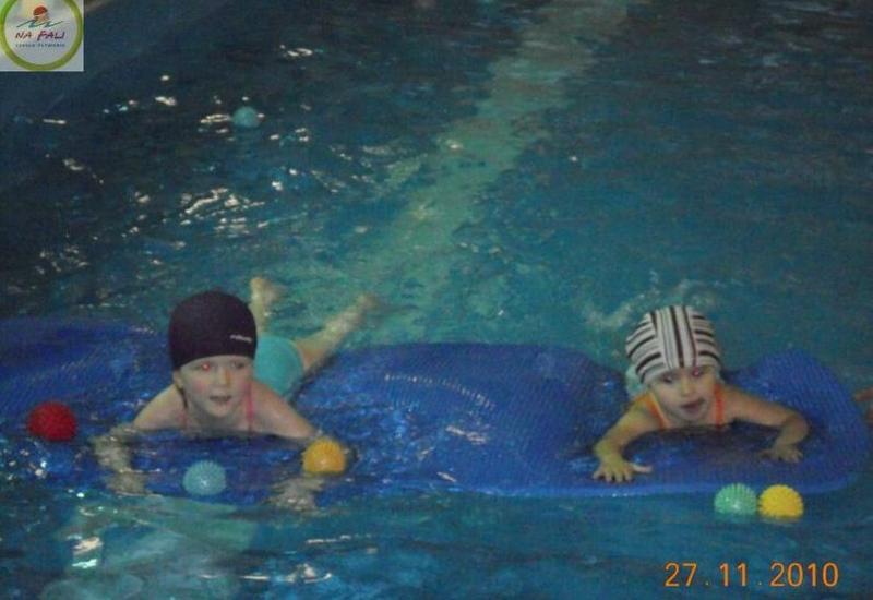 Na Fali, Nauka Pływania, Pływanie niemowląt