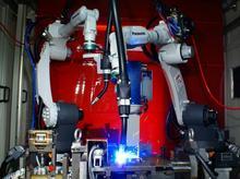Roboty spawalnicze