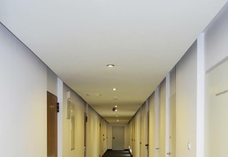 Hostel Opal Maksimum