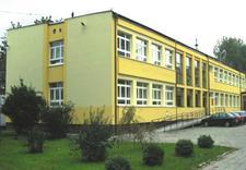 szkoła bezpłatna - Szkoła Policealna Samorzą... zdjęcie 2